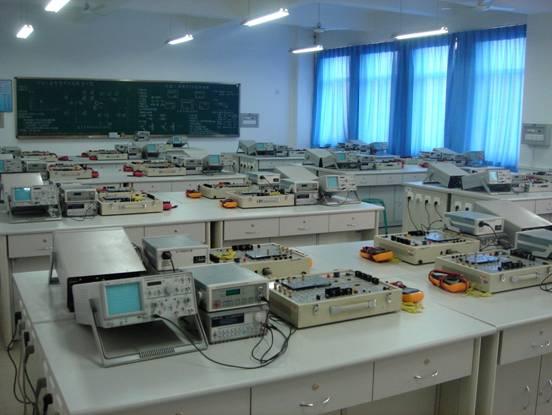 电工电子实验中心 (模拟电子技术实验室)-陕西科技室